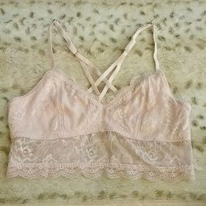 NWOT Abercrombie & Fitch Lace Strappy Bralette